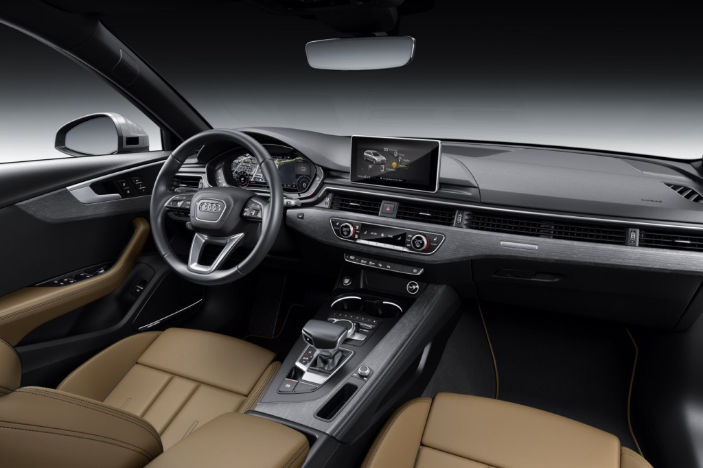 audi-a4-s-line-competition-201847824_13.
