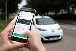 Renault inicia las pruebas de movilidad compartida con tecnología autónoma a bordo del ZOE