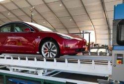 El primer Tesla Model 3 Dual-Motor Performance sale de Fremont
