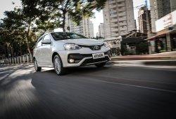 Argentina - Mayo 2018: Toyota Etios y Fiat Argo, protagonistas