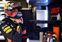 """Verstappen se cansa de las críticas: """"Cómo sigáis, voy a darle un cabezazo a alguien"""""""