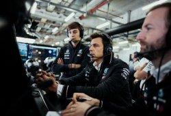 """Wolff anuncia consecuencias en Mercedes: """"Tenemos que despertar"""""""