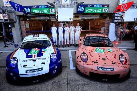 Porsche da un aire retro a dos 911 y sus garajes de Le Mans