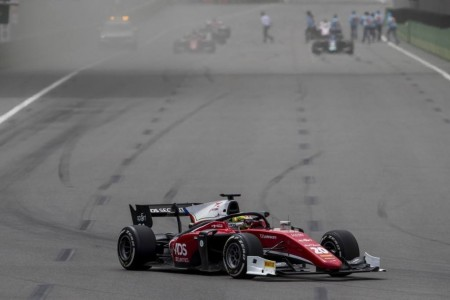 La Fórmula 2 tendrá salidas lanzadas por el fiasco de los embragues