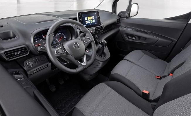 Opel Combo Cargo 2019 - interior