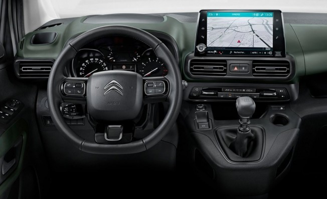 Citroën Berlingo 2018 - interior