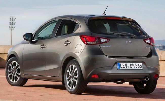 Mazda2 - posterior