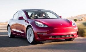 El esperado Tesla Model 3 básico finalmente retrasado hasta 2019