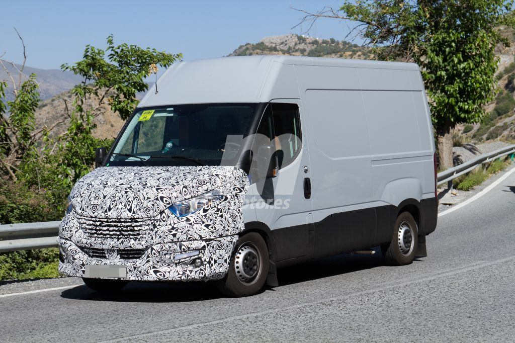 2014 - [Iveco] Daily - Page 3 Iveco-daily-facelift-fotos-espia-201848826_1