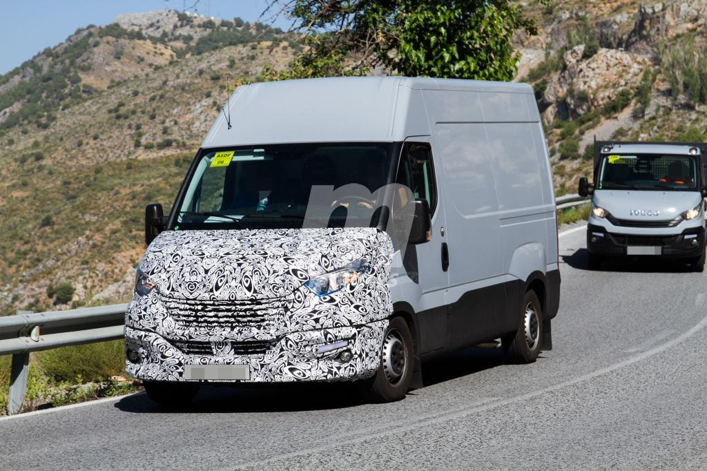 2014 - [Iveco] Daily - Page 3 Iveco-daily-facelift-fotos-espia-201848826_3