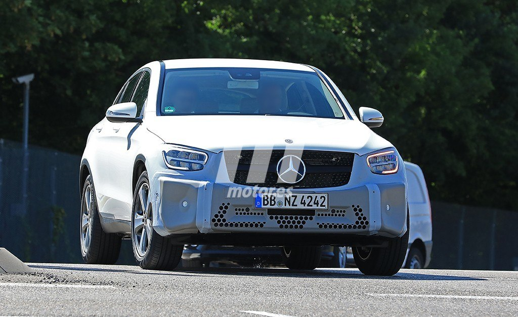 2018 - [Mercedes-Benz] GLC/GLC Coupé restylés Mercedes-clase-glc-coupe-2019-fotos-espia-201848001_1