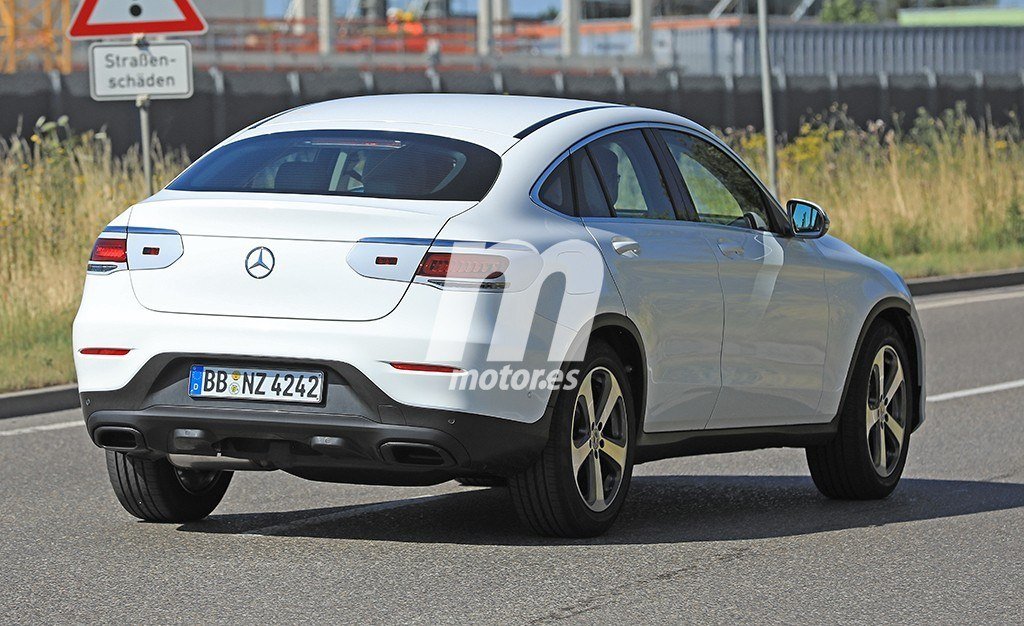 2018 - [Mercedes-Benz] GLC/GLC Coupé restylés Mercedes-clase-glc-coupe-2019-fotos-espia-201848001_10