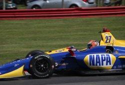 Alexander Rossi desafía con la pole a un Dixon indignado