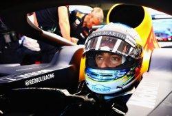 Ricciardo manda en una sesión plagada de experimentos
