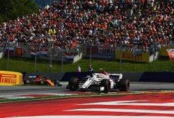 """Leclerc aplaude la gestión de los neumáticos de Alonso: """"Fue muy inteligente"""""""