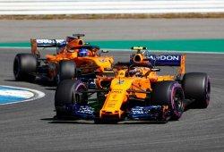McLaren rompe el toque de queda para montar piezas nuevas