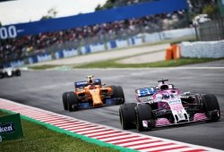 La mejor McLaren no puede con la peor Force India de los últimos años