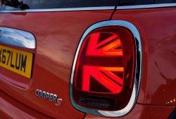 El anterior MINI ahora puede instalar las nuevas ópticas Union Jack del facelift