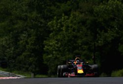 Ricciardo, al frente por un suspiro para empezar