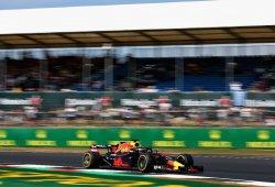 """Sólo Red Bull pasa fácil la curva 1 con DRS: """"Es un riesgo innecesario"""", dice Hamilton"""