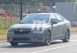 La nueva generación del Subaru Legacy comienza a perder camuflaje