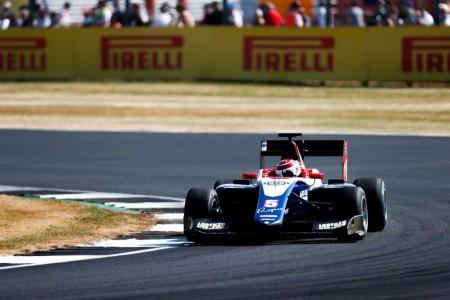 Piquet vence a Alesi para lograr su primer triunfo en Europa