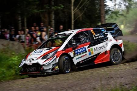 Ott Tänak pone tierra de por medio en el Rally de Finlandia