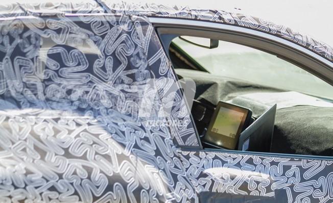 Renault Clio 2019 - foto espía interior