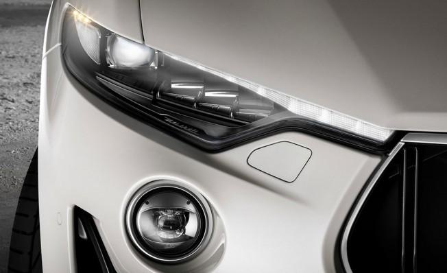 Maserati Levante GTS 2019 - faros