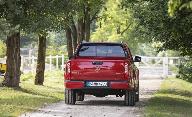 Mercedes Clase X 350 d 4MATIC - posterior