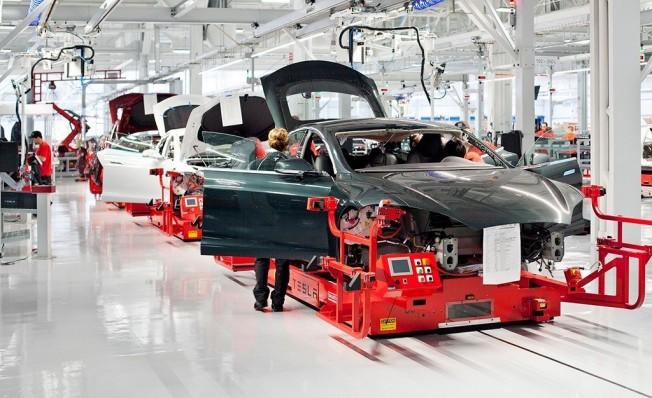 Producción de Tesla