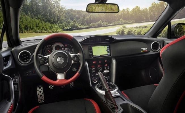 Toyota GT86 TRD Special Edition - interior