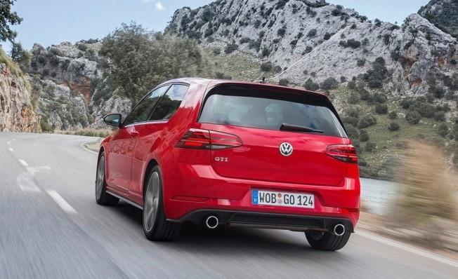 Volkswagen Golf GTI - posterior