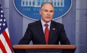 Scott Pruitt dimite por sus numerosos escándalos al frente de la EPA