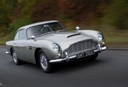 El Aston Martin DB5 del agente 007 será fabricado en edición limitada