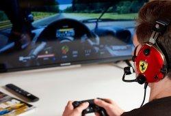 Thrustmaster presenta los auriculares T.Racing Scuderia Ferrari Edition