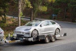 El Tesla Model 3 cazado en Europa mientras lo prueba... ¡BMW!