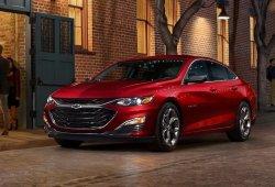 Un prototipo del Chevrolet Malibu confirma la futura versión diésel
