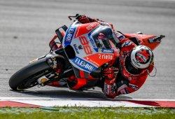 Lorenzo puede con Márquez en un final de infarto en Austria