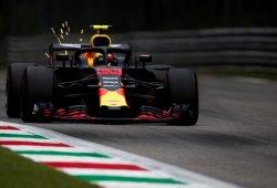 """Verstappen: """"Somos demasiado lentos en condiciones de seco"""""""