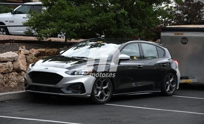 Ford Focus ST 2019 - foto espía