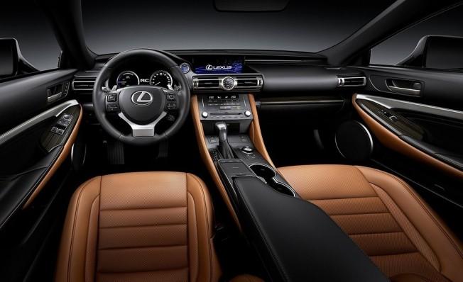 Lexus RC 2019 - interior