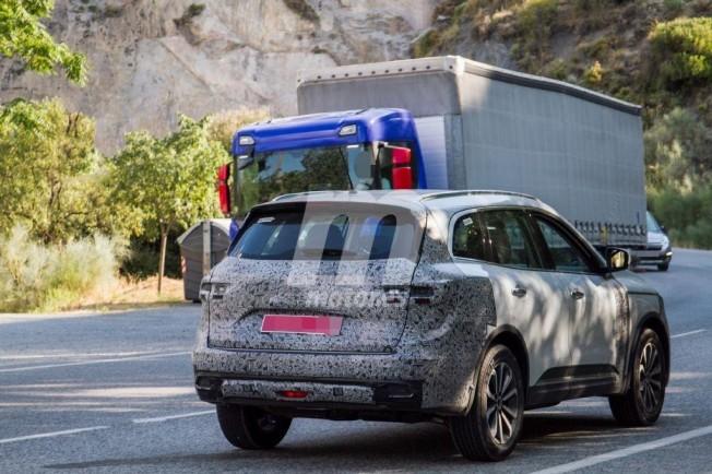 Renault Koleos 2019 - foto espía posterior
