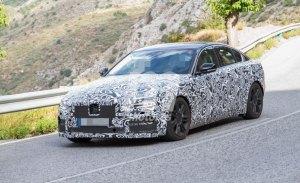 El lavado de cara del Jaguar XE comienza a perder camuflaje