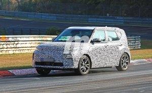 La nueva generación del Kia Soul EV pierde camuflaje en Nürburgring