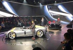 Ferrari presenta los espectaculares Monza SP1 y SP2 barchetta