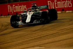 "Hamilton augura ""una pelea a tres bandas entre Ferrari, Red Bull y nosotros"""