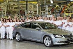 El Grupo Volkswagen valora trasladar la producción del Skoda Superb a Alemania