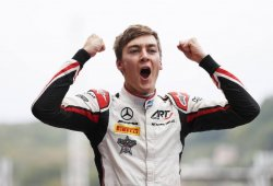 Sexto triunfo de un Russell casi campeón, y sexto puesto de Merhi