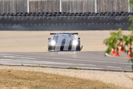 Un nuevo Porsche 911 RSR está en camino, ¿será turbo?